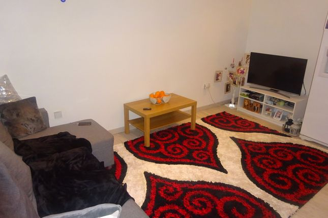 Thumbnail Detached house to rent in Gladstone Mews, London
