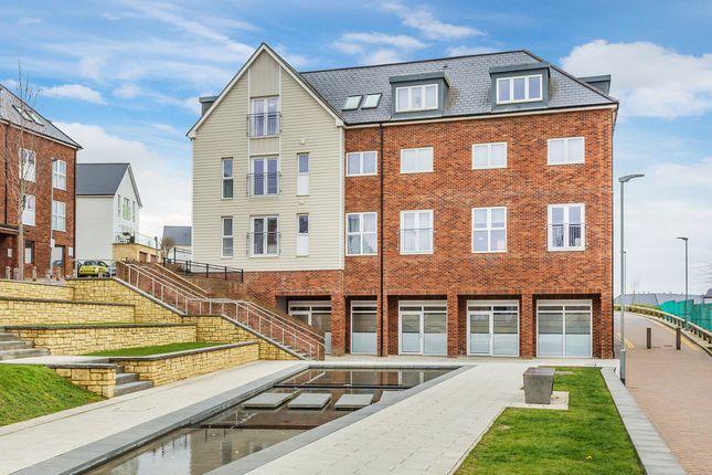 2 bed flat for sale in The Avenue, Tunbridge Wells TN2