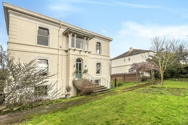 Thumbnail Detached house for sale in Kent Road, Southsea