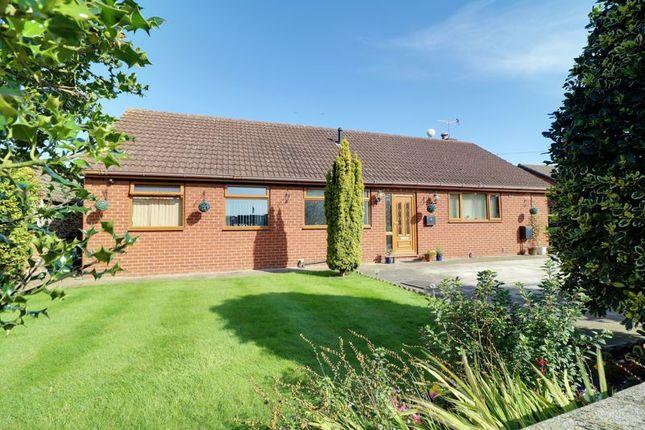 Thumbnail Detached bungalow for sale in Lodge Lane, Flixborough, Scunthorpe