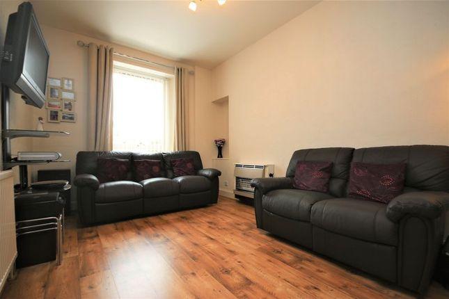 Living Room (2) of Main Street, Linlithgow Bridge, Linlithgow EH49