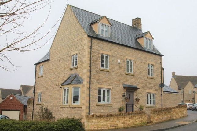 Thumbnail Semi-detached house for sale in Moss Way, Cirencester, Gloucestershire