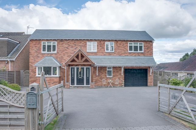 Thumbnail Detached house for sale in Crumpfields Lane, Webheath, Redditch