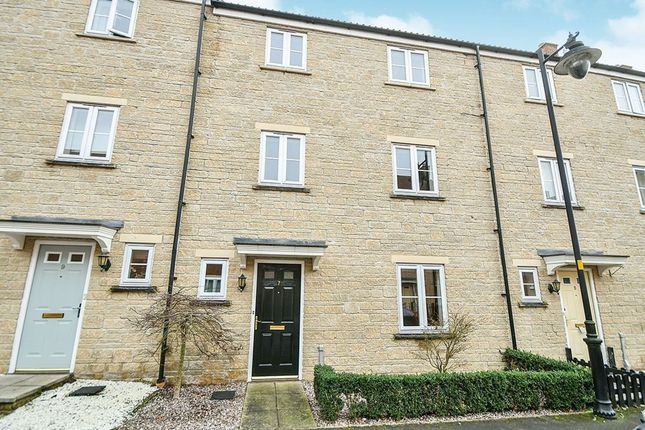 Thumbnail Terraced house to rent in Linnet Road, Calne