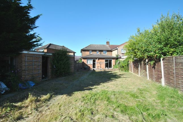 Thumbnail Semi-detached house for sale in Jubilee Crescent, Arlesey