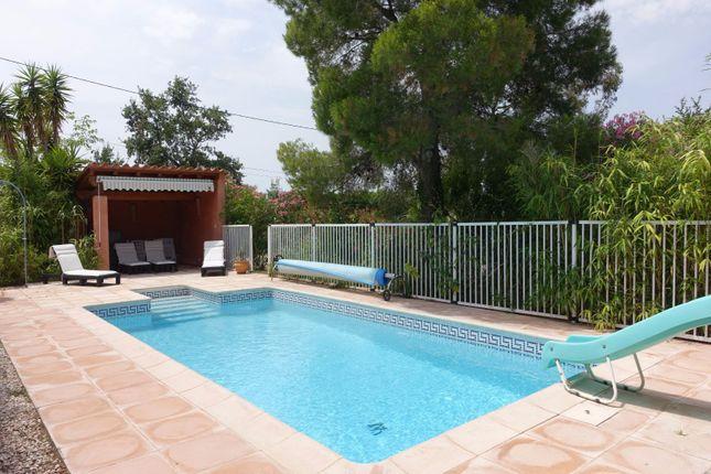 Thumbnail Villa for sale in Laroque-Des-Albères, Pyrénées-Orientales, Languedoc-Roussillon