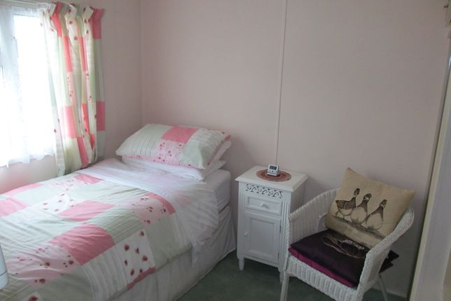 Retirement Property To Rent In Dorking