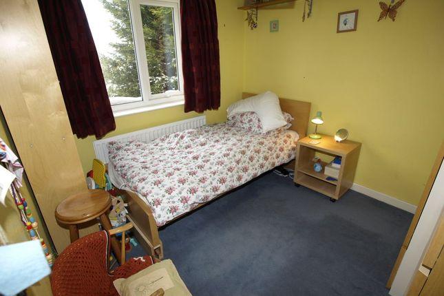 Bed 4 of Wells Mount, Upper Cumberworth, Huddersfield HD8