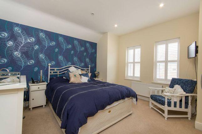 3 bed property to rent in Sunnydene Street, Sydenham, London SE26