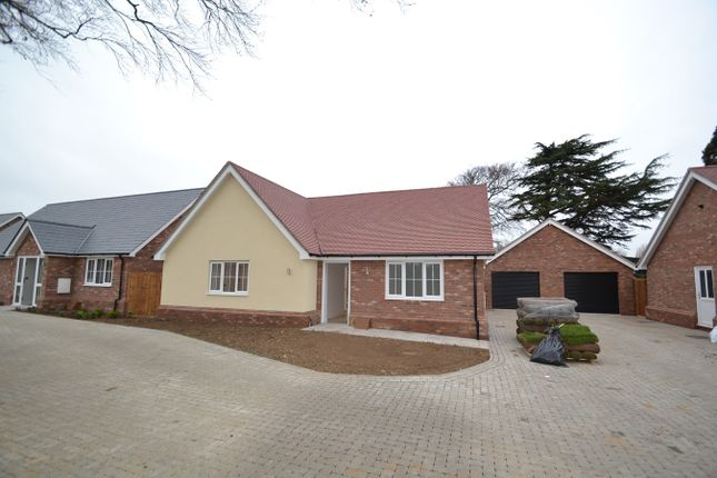 Thumbnail Bungalow for sale in Wyndham Crescent, Clacton-On-Sea, Essex