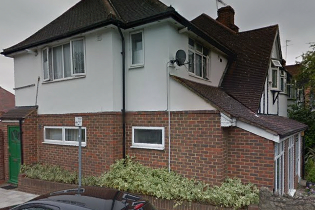 Thumbnail Duplex to rent in Bath Road, Hounslow
