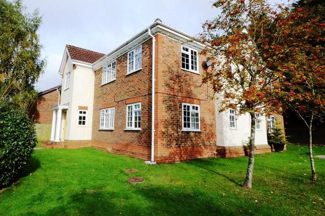 Thumbnail Flat to rent in Dodsells Well, Finchampstead, Wokingham