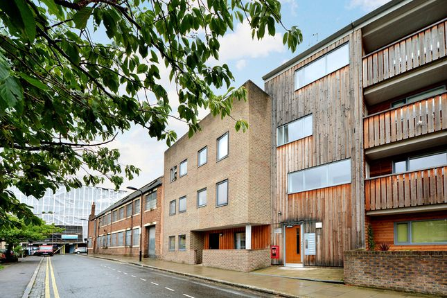 Thumbnail Flat for sale in Milborne Street, London