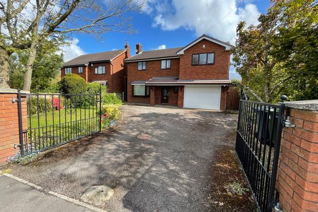 5 bed detached house to rent in Chapel Road, Hesketh Bank, Preston PR4
