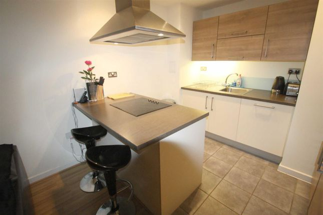 Thumbnail Flat for sale in Vellum Court, Hillyfield, Walthamstow