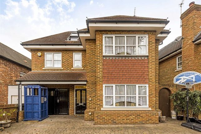 5 bed property for sale in The Grove, Isleworth