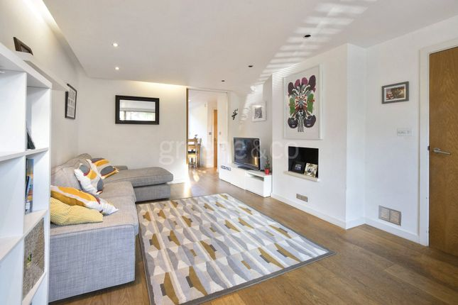 Thumbnail Semi-detached house to rent in Sloane Mews, Aubrey Road, Crouch End, London