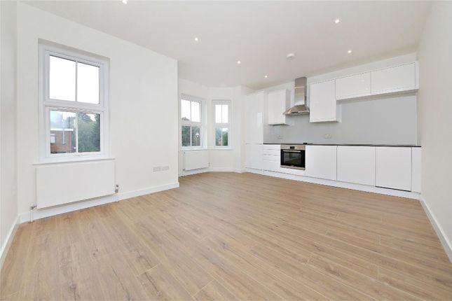 Thumbnail Flat to rent in Watling Street, Radlett