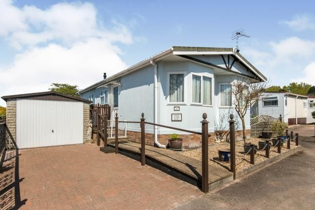 Thumbnail Bungalow for sale in Ringswell Park, Exeter, Devon
