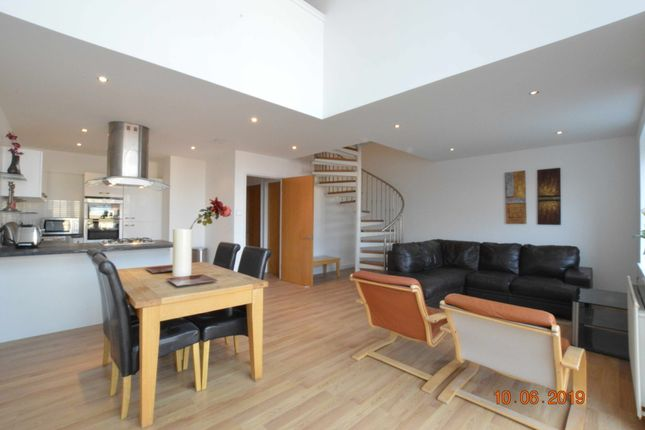 Thumbnail Flat to rent in Dunlop Street, The Metropole, City Centre, Glasgow