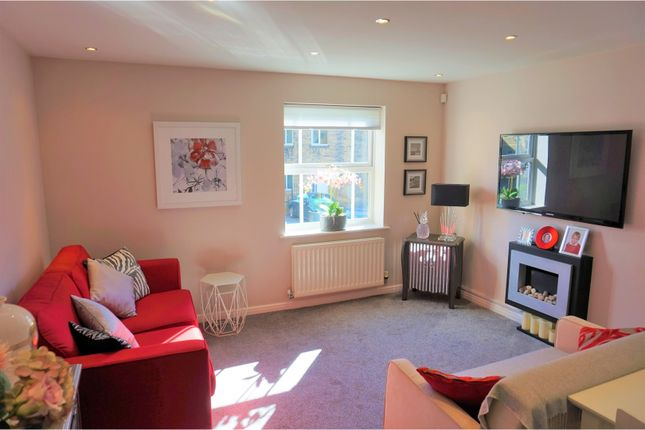 Thumbnail Flat for sale in Broom Mills Road, Pudsey