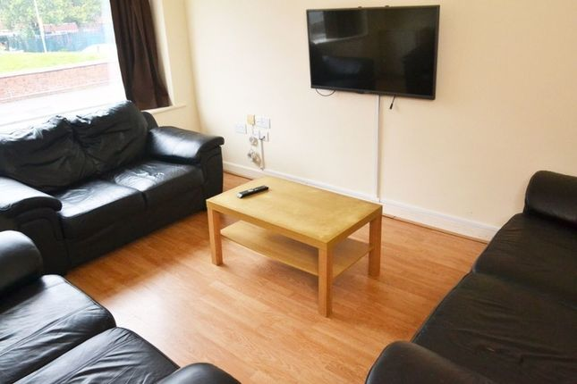 Thumbnail Property to rent in Longford Place, 7 Bed, Manchester