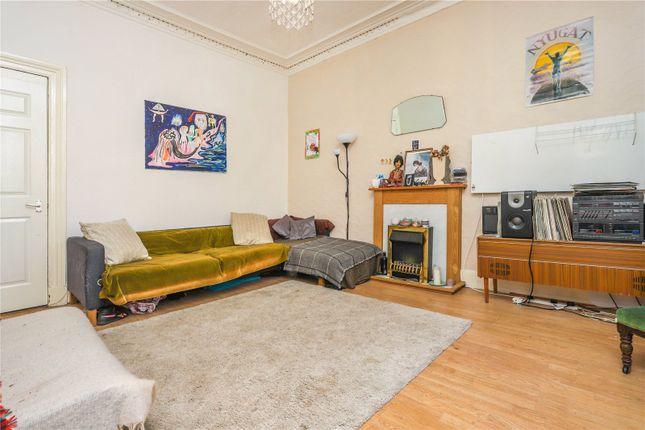 Lounge of Flat 2/3, Dixon Avenue, Crosshill, Glasgow G42