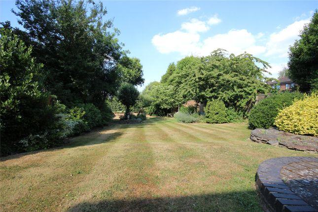 Picture No. 08 of Sauncey Avenue, Harpenden, Hertfordshire AL5