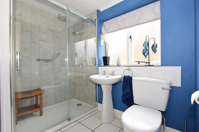 Shower Room of St. Marys Road, Cowes, Isle Of Wight PO31