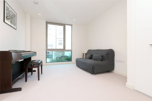 Living Room of Balfe Street, King's Cross, Islington, London N1
