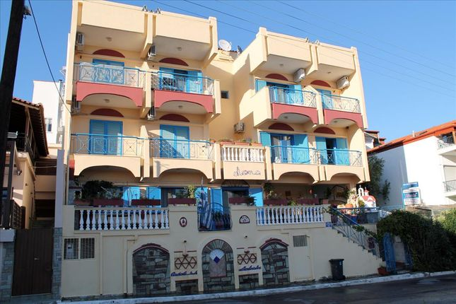 Thumbnail Hotel/guest house for sale in Neos Marmaras, Chalkidiki, Gr