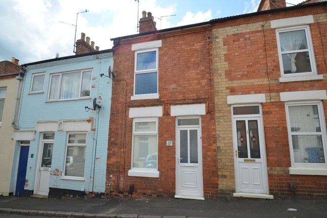 Thumbnail Terraced house to rent in New Street, Rothwell, Kettering