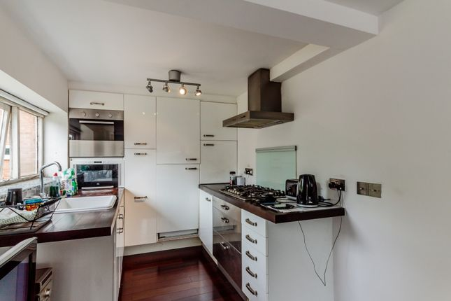 Thumbnail Studio for sale in Avalon Close, Enfield, London