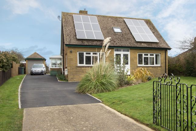 Thumbnail Detached house for sale in Alverstone Road, East Cowes