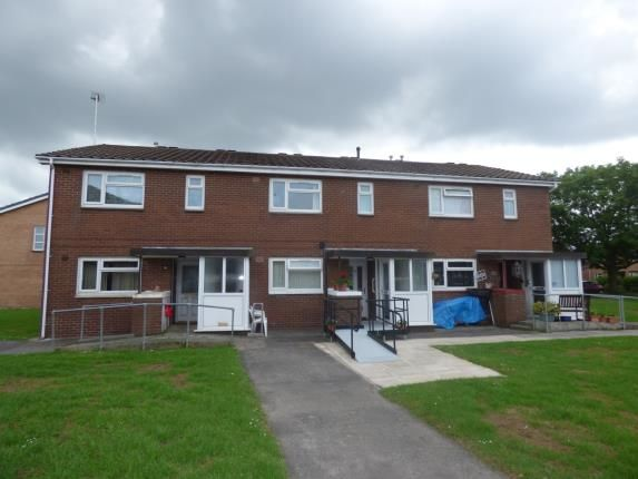 Front of Brisbane Place, Thornton-Cleveleys FY5