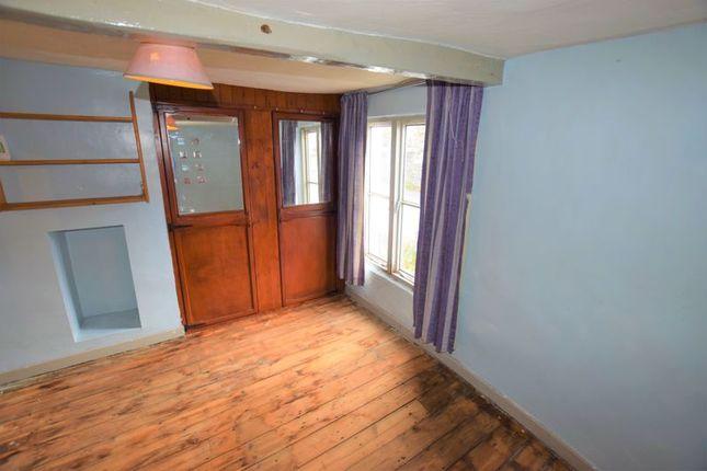 Bedroom 1 of Wooda Road, Launceston PL15