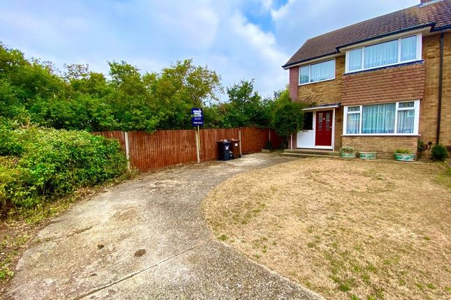 Picture No. 28 of Caliph Close, Riverview Park, Gravesend, Kent DA12