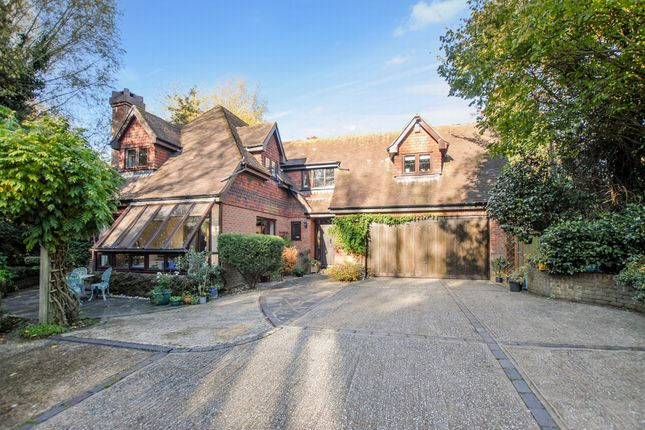 Thumbnail Detached house for sale in Station Road, Hythe