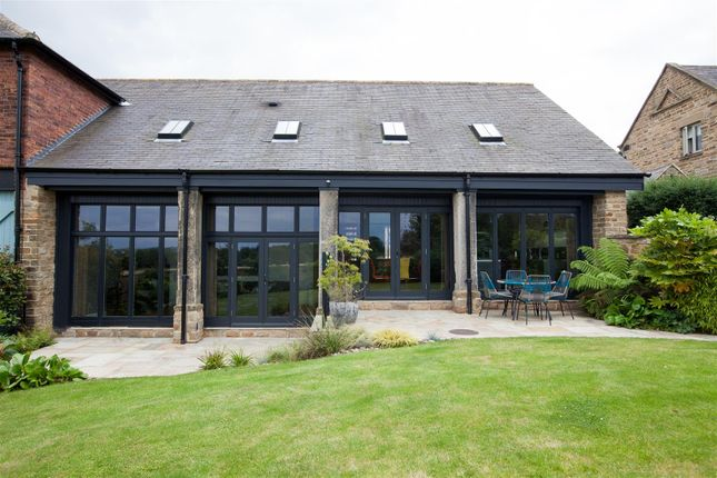 Thumbnail Barn conversion for sale in Field Barn, Derby Road, Wingerworth, Chesterfield