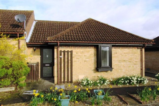 Thumbnail Terraced bungalow to rent in Tweed Drive, Bletchley, Milton Keynes