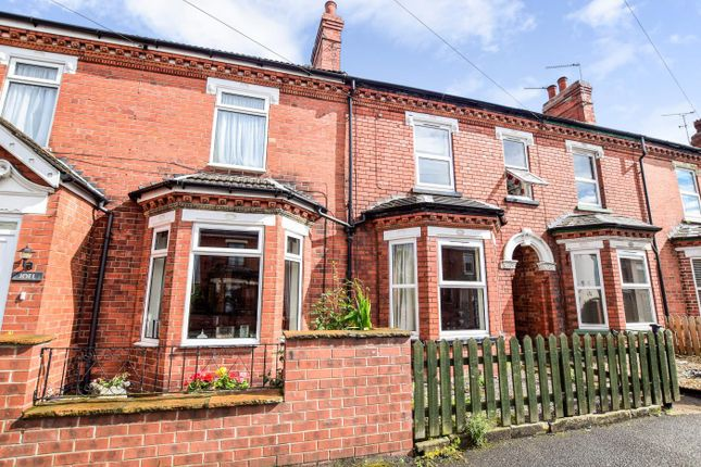 St catherines grove lincoln ln5 3 bedroom terraced for Catherines house