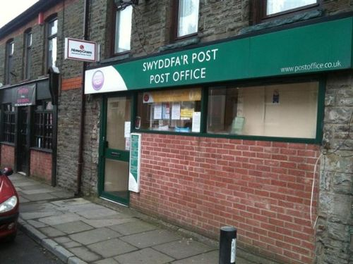 Thumbnail Retail premises for sale in Porth, Rhondda Cynon Taff