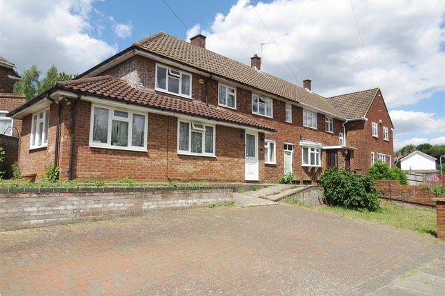 Thumbnail Property to rent in Fairacre, Hemel Hempstead
