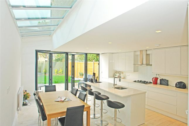Thumbnail Property for sale in Amott Road, Peckham Rye, London