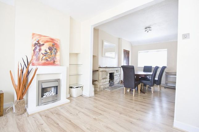 Thumbnail Maisonette to rent in North Countess Road, London