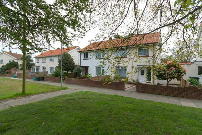 3 bed property for sale in Churchill Avenue, Walmer, Deal
