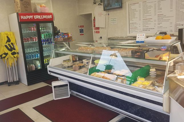Thumbnail Restaurant/cafe for sale in Cafe & Sandwich Bars BD16, West Yorkshire