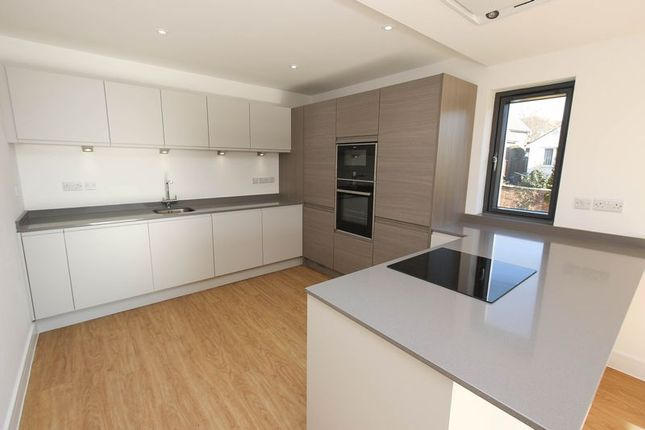 Thumbnail Flat for sale in Albert Road, Clevedon