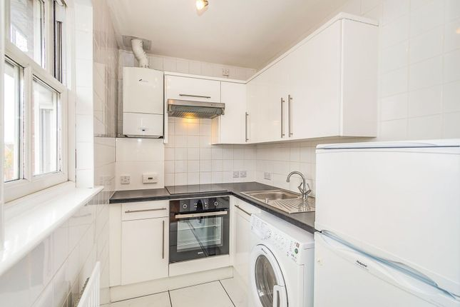 Kitchen of 115 London Street, Reading RG1