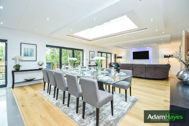 Thumbnail Detached house to rent in Millway, Mill Hill